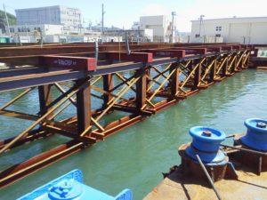 海上工事 架台架設工